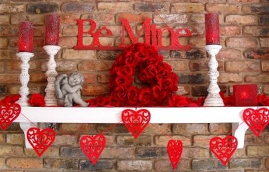 valentines day mantel decor ideas 3 554x355 65 вещей, способных сделать день всех влюбленных 14 февраля действительно особенным