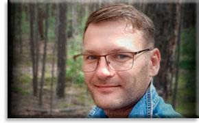 Роман Карбушев