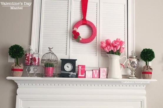 valentines day mantel decor ideas 32 554x368 65 вещей, способных сделать день всех влюбленных 14 февраля действительно особенным