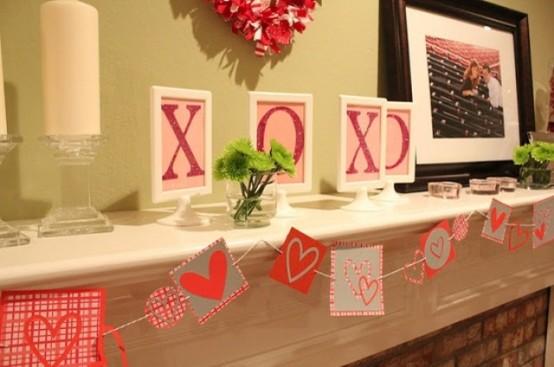 valentines day mantel decor ideas 39 554x367 65 вещей, способных сделать день всех влюбленных 14 февраля действительно особенным