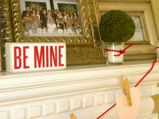 valentines day mantel decor ideas 401 554x415 65 вещей, способных сделать день всех влюбленных 14 февраля действительно особенным