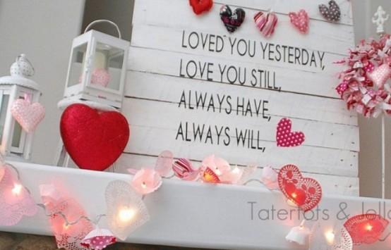 valentines day mantel decor ideas 55 554x355 65 вещей, способных сделать день всех влюбленных 14 февраля действительно особенным