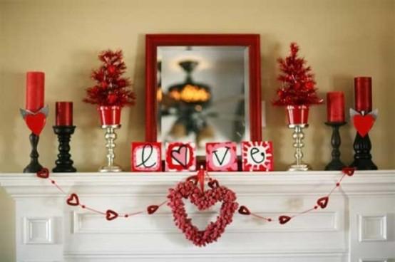 valentines day mantel decor ideas 61 554x368 65 вещей, способных сделать день всех влюбленных 14 февраля действительно особенным