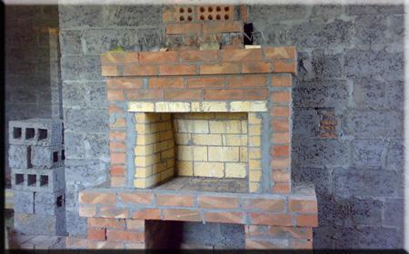 С дровянной нишей, камин 2