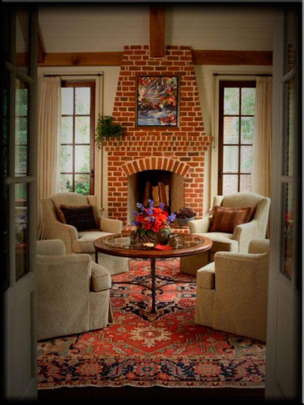 Интерьер гостиной с камином отделка кирпичом
