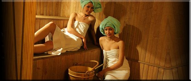 Поход в баню для  девушки