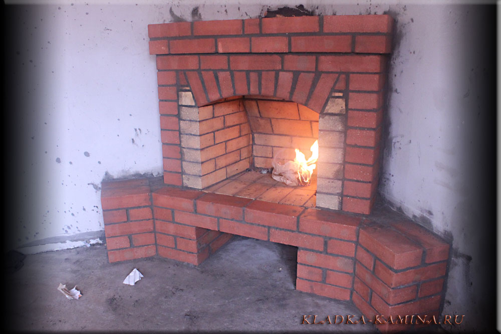 Угловой камин своими руками с подробным описанием и фото